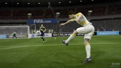 FIFA 15 Long passing mechanism